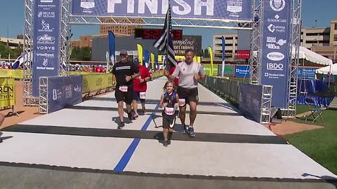 8-year-old from Virginia runs in Akron Marathon to honor fallen police officers
