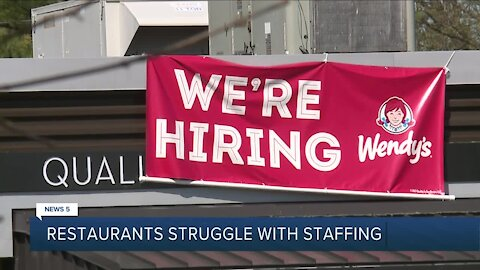 Restaurants facing staff shortage due to unemployment being 'too good', not pandemic, manager says