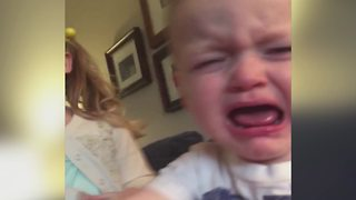 """Two Toddlers Fight Over Who's Supposed To Say """"I'm sorry"""" First"""