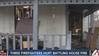 3 firefighters hurt battling house fire - Video
