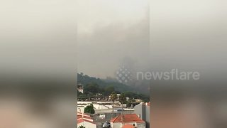 Smoke billows into air amid Portugal wildfires - Video