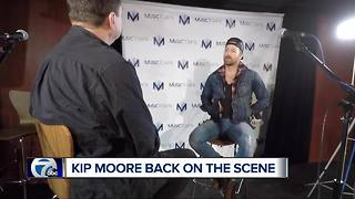 Country singer Kip Moore back on the scene - Video