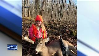6-year-old Wisconsin hunter bags her first buck - Video