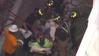 Crews trying to rescue worker stuck on scaffolding in Sarasota County - Video