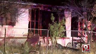 Vacant southside mobile home burns - Video
