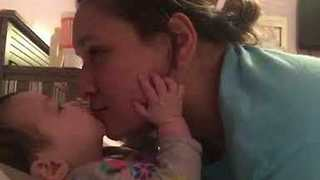 Adorable 4-Month-Old Says First Word in Front of Mother - Video