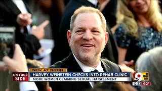 Harvey Weinstein checks into rehab clinic - Video