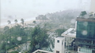 Typhoon Damrey Brings Heavy Downpour and Strong Winds to Vietnam - Video