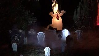 Home goes all out for extremely detailed Halloween decorations