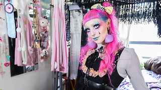 I'm A Living Art Doll | HOOKED ON THE LOOK - Video