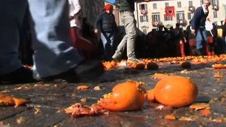 Battle Of The Oranges - Video
