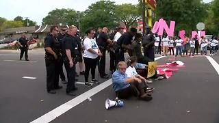 Arrests made during Fight for $15 rally at Milwaukee McDonald's