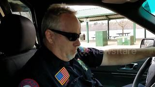 Officer's final sign-off after 36 years of service will warm your heart - Video