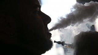 Experts Say Vaping-Related Illnesses Are Rare Outside The U.S.