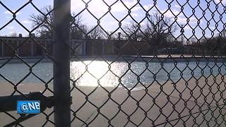 Online petition opposes De Pere pool closure - Video