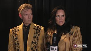 Randy Travis Tribute Concert | Rare Country - Video