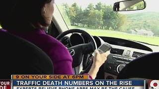 Are smartphone apps causing rise in traffic deaths? - Video
