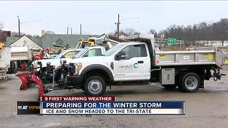 Preparing for the winter storm - Video