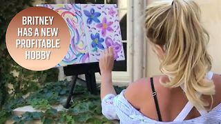 Britney sells her painting for $10,000 - Video