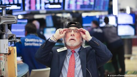 PANIC IN DC! Small Investors Set To Cripple Wall Street and the Entire Financial System!