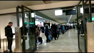 Long queues at Zurich as snow causes chaos at UK airports - Video