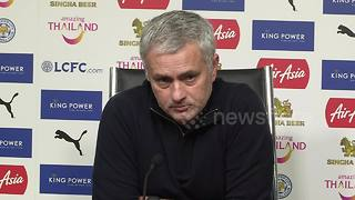 Jose Mourinho argues with journalists after Leicester City defeat - Video