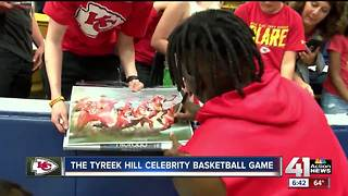 Chiefs wideout Tyreek Hill hosts celebrity basketball game - Video