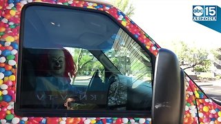 You can have a creepy clown deliver doughnuts to a friend or co-worker this Halloween - ABC15 Things To Do - Video