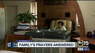 Family's prayers answered after they lived without AC for two weeks - Video