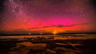 Gorgeous Timelapse of Aurora Australis Bringing in 2016 (File) - Video
