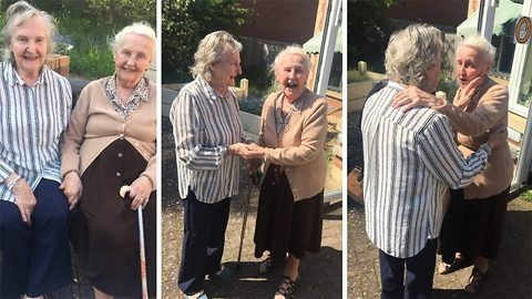 Sisters With Alzheimer See Each Other For The First Time In 15 Years