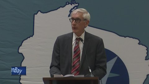 Governor visits Green Bay for Opioid Forum