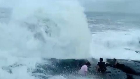 Hair-raising moment Indian tourist dies after strong waves swept him into sea