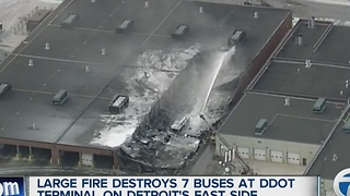 Large fire destroys 7 DDOT buses - Video