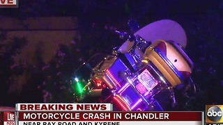 Motorcycle crash in Chandler shuts down roads - Video