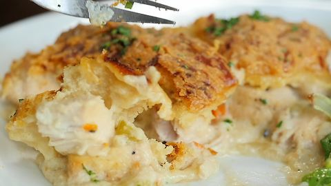 Cheddar bay biscuit casserole recipe
