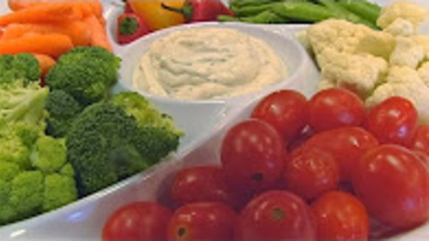 Betty's easy Italian dip with vegetables