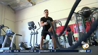 San Diego body builder excels in sport, academics - Video