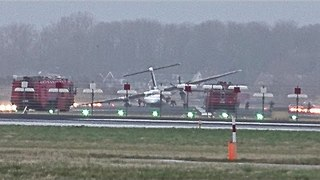 FlyBe dash 8 crash landed @ Amsterdam Schiphol Airport. - Video