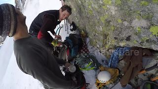 Climbers take on icefall in Slovakia mountains - Video