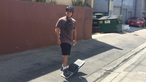 Demo of the One Wheel.  Do I crash?