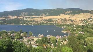 Planes Scoop Water From Lake in Fight to Control Okanagan Centre Blaze - Video
