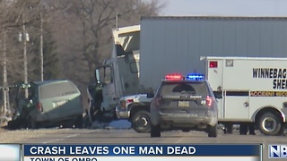 Crash in Town of Omro leaves one man dead - Video
