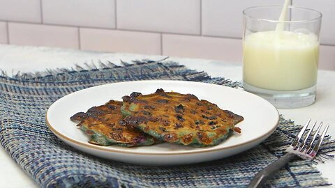 Kid-Friendly Blueberry Cottage Cheese Pancakes