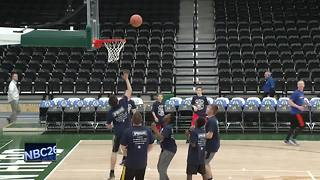 Kids and Cops annual basketball game held - Video