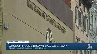 Church holds brown bag giveaway to help community members in need of food