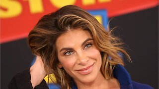 Jillian Michaels Gives Tips For Toned Arms