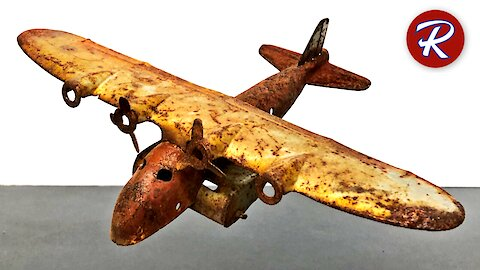 Vintage restorations: 1930's Wyandotte toy airplane