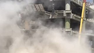 Dust Rises After Slab Falls From Building in Mexico City - Video