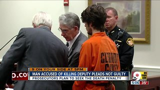 Man accused of killing deputy pleads not guilty
